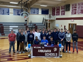 VanHyfte Signs NLI with EIU